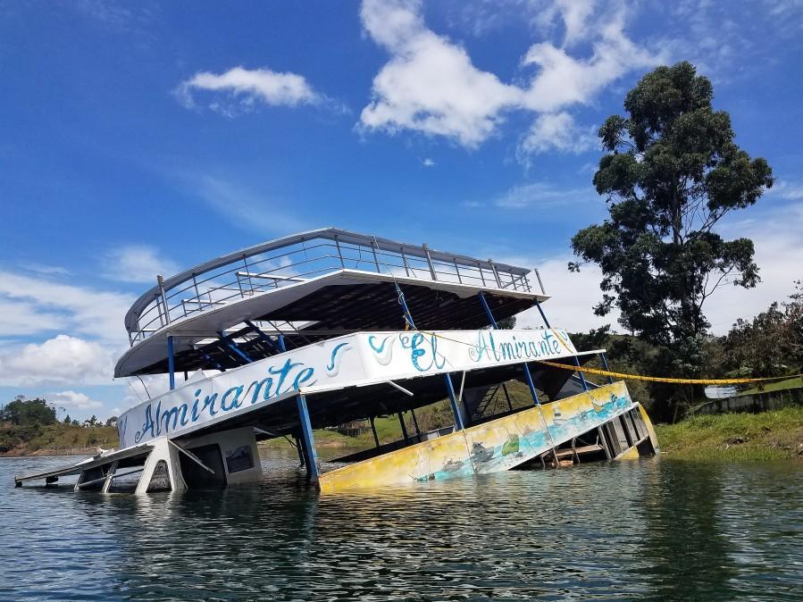 Guatape sunk ferry