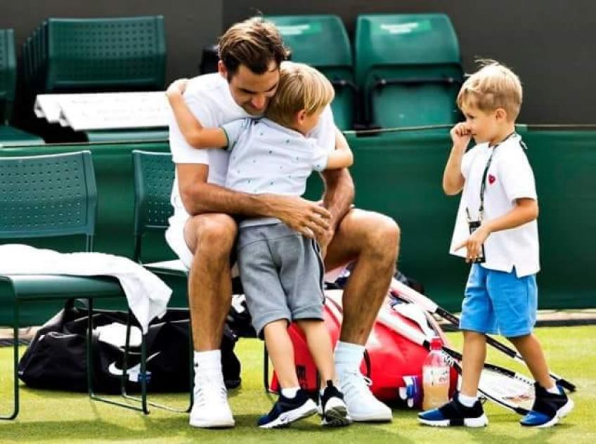 roger-federer-spends-time-with-his-children-at-wimbledon
